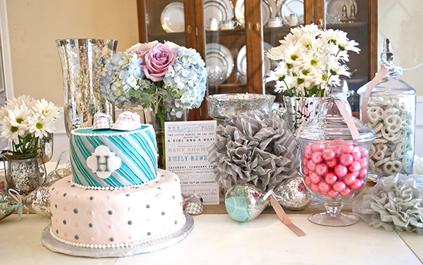 Good baby shower decor 2015 for Baby shower decoration ideas for twin girls